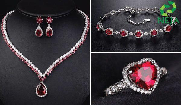 trang sức đá ruby