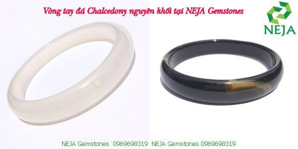 vòng tay đá chalcedony nguyên khối bản liền