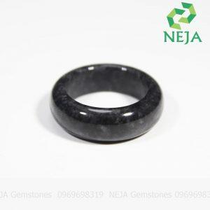 nhẫn cẩm thạch đen black jade